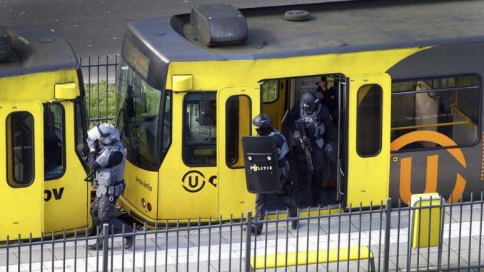 Uhapšen osumnjičeni za napad na tramvaj u Utrehtu u kojem su poginule tri osobe 3