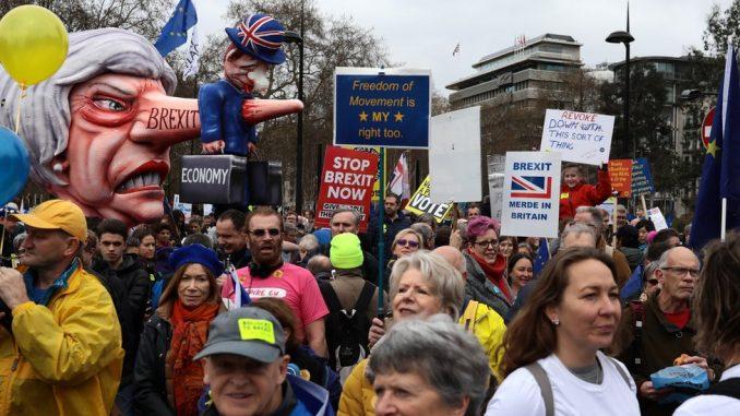 Marš za Bregzit: Desetine hiljada traže novi referendum u Britaniji 2