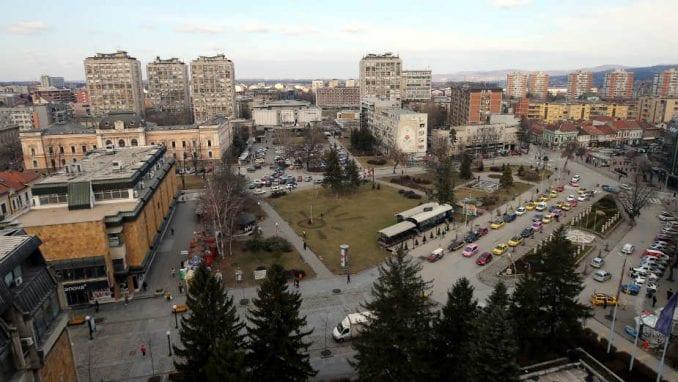 U Kragujevcu održan miran protest građana ispred zgrade Skupštine grada 1