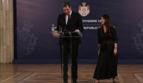 Vasiljević: Vučić je dva dana proveo na aparatima, danas je bolje 8