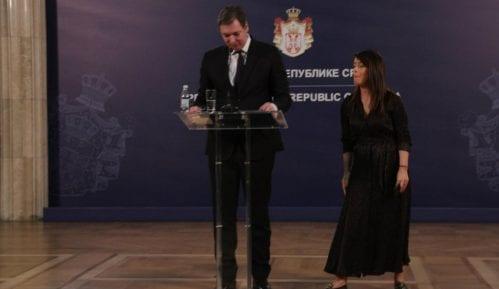 Vasiljević: Vučić je dva dana proveo na aparatima, danas je bolje 5