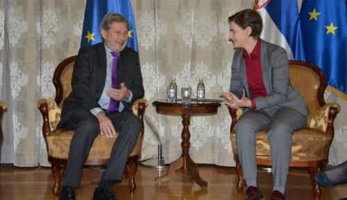 Han: Nema razloga da evrointegracije Srbije budu zaustavljene zbog zastoja u dijalogu 13