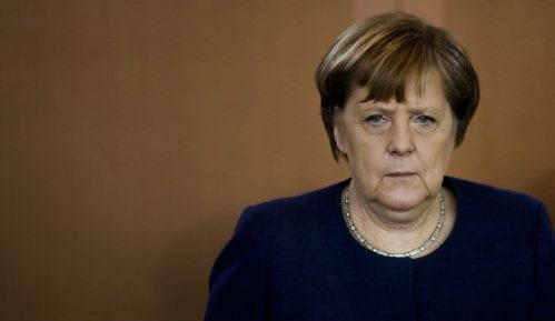 Angela Merkel zatražila iscrpnu istragu o padu aviona u Iranu 2