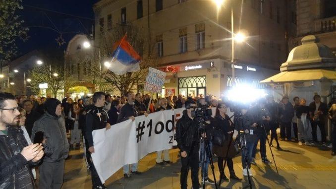 """Protesti """"1 od 5 miliona"""" održani u više gradova Srbije (FOTO) 4"""