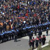 Hiljade albanskih demonstranata traže ostavku vlade 7