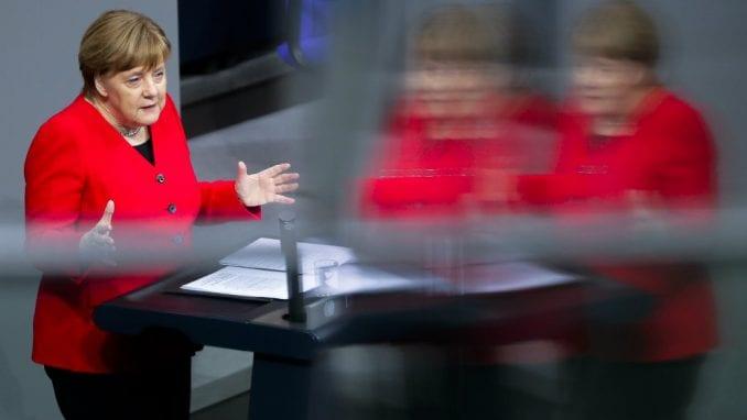 Merkel iznela nemački stav o odlaganju Bregzita 1