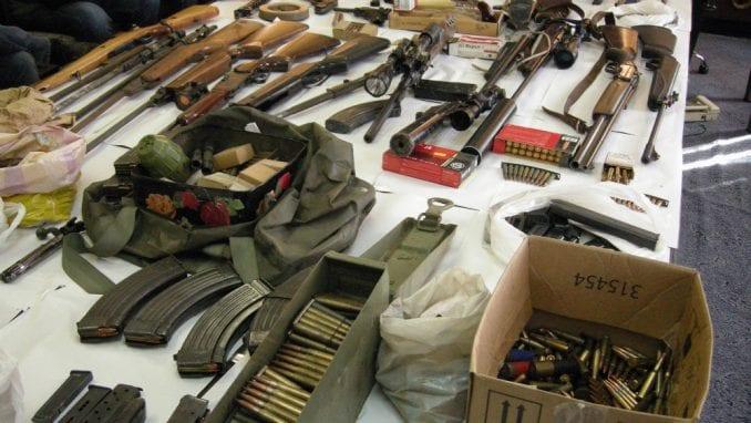 U više akcija policija u Kragujevcu zaplenila veću količinu oružja 1