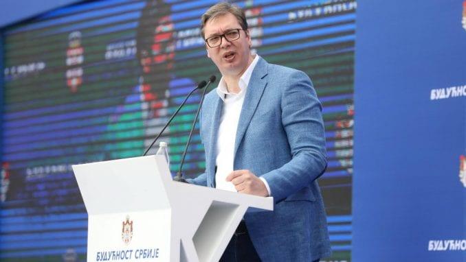 Vučić: Kinezi ulažu dve milijarde evra u RTB Bor 1