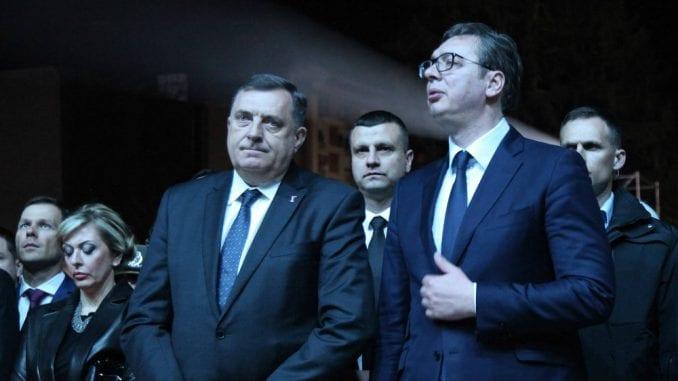 Balkanski političari: Skupa odela i jeftine reči 1