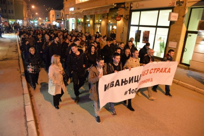 Na protestu u Ivanjici potpisavanje Sporazuma sa narodom 1