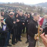 Ekshumirani posmrtni ostaci Davida Dragičevića, stotine građana na ispraćaju 4
