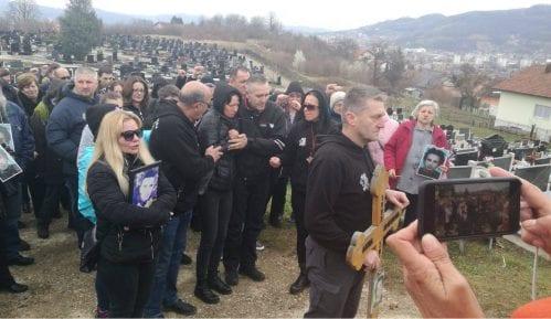 Građani Banjaluke ispratili posmrtne ostatke Davida Dragičevića 14