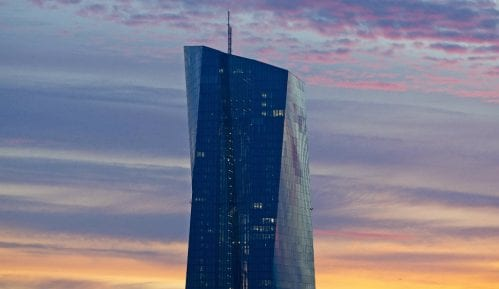 Predsednica ECB: Korona virus pojačao neizvesnost ekonomskog rasta 8