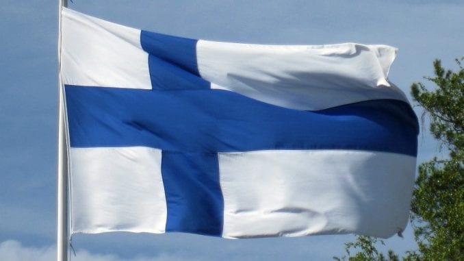 Vlada Finske podnela ostavku 1