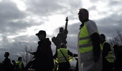 Hiljade pripadnika Žutih prsluka i danas protestovalo širom Francuske 12