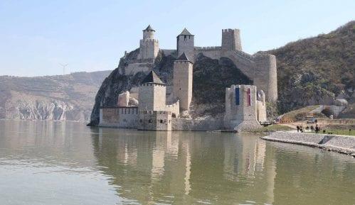 Novi režim poseta tvrđavi Golubački grad 10