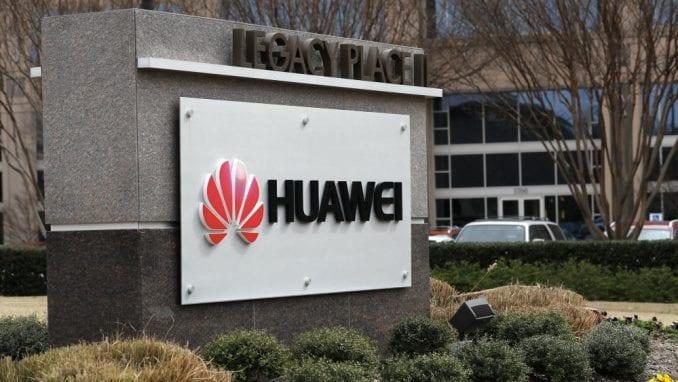 SAD dodale nove tačke u optužnici protiv kineske kompanije Huavej 1