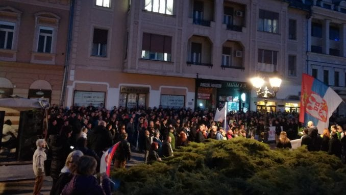 """Protesti """"1 od 5 miliona"""" održani u više od 25 gradova Srbije (FOTO, VIDEO) 1"""
