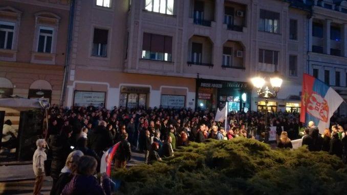 """Protesti """"1 od 5 miliona"""" održani u više od 25 gradova Srbije (FOTO, VIDEO) 4"""