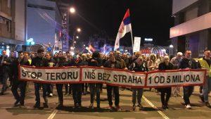 """Protesti """"1 od 5 miliona"""" održani u više od 25 gradova Srbije (FOTO, VIDEO) 3"""
