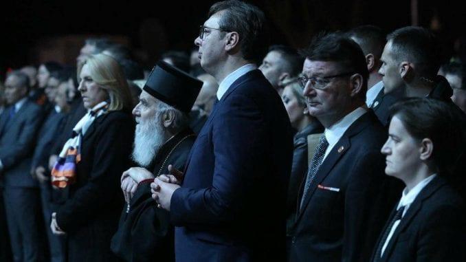 Vučić: Narednih nedelja i meseci će rušiti Srbiju (FOTO) 1