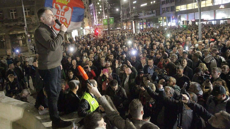 "Protest ""Jedan od pet miliona"" u Beogradu: Blokada RTS-a (VIDEO) 3"