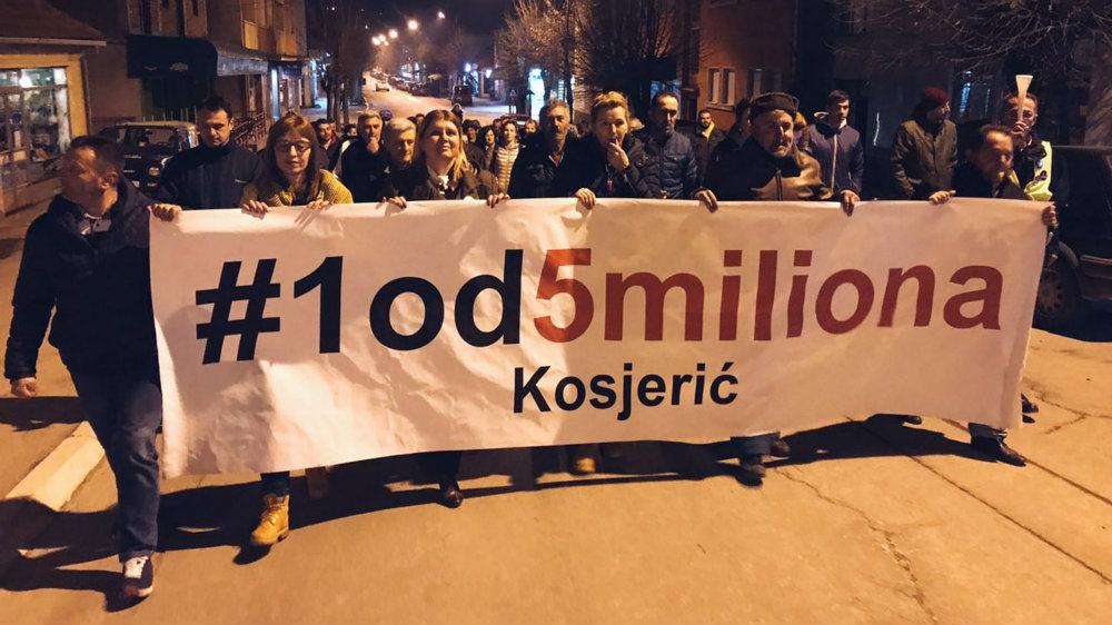 """Protesti """"1 od 5 miliona"""" održani u više od 25 gradova Srbije (FOTO, VIDEO) 20"""
