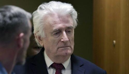 Odbijen zahtev Karadžića za diskvalifikovanje sudija 3