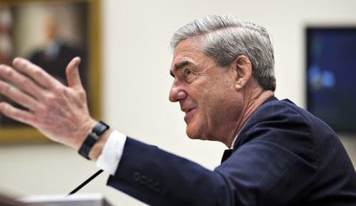 Muler završio istragu mešanja Rusije u američke izbore i predao izveštaj Baru 7