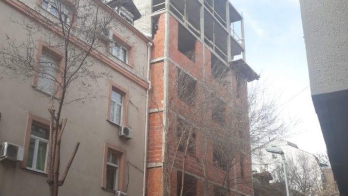 U Sinđelićevoj ulici novi primeri divljanja investitorskog urbanizma 1