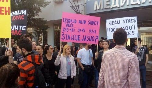 Novi Sad: Studenti traže da vlast odblokira Medicinski fakultet 5