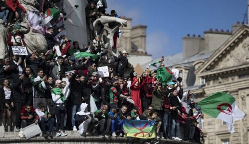Nastavljen generalni štrajk u Alžiru kao protest zbog kandidature Buteflike 8