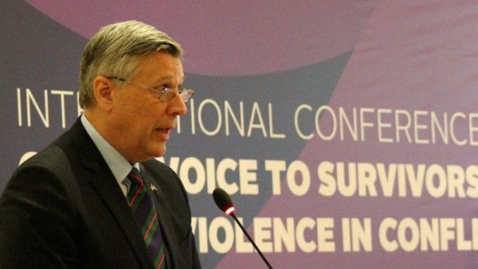 Ambasador SAD: Nije tačno da ne dozvoljavamo održavanje izbora na Kosovu 1