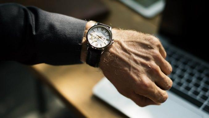 Koliko sati Evropljani provedu na poslu? 1