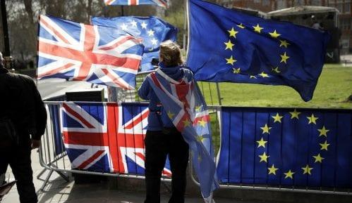 Britanski parlament glasao za odlaganje Bregzita 10