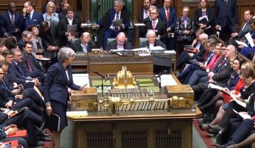 Britanski parlament ponovo odbio sporazum o Bregzitu 8