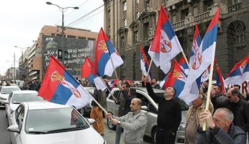 CarGo blokirao ulice kod Vlade 7