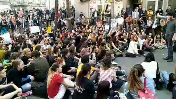 Đaci Filološke: Pozvaćemo učenike ostalih škola u protest ako ne puste Pavla (VIDEO) 1