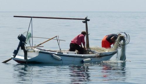Papa odao priznanje ribarima koji čiste more 14