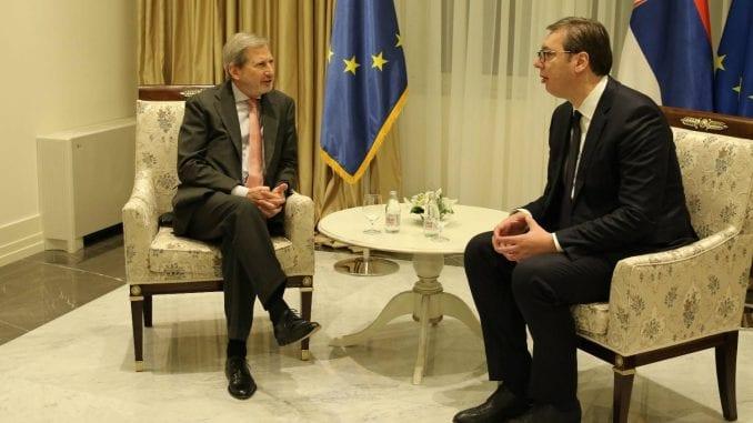 Han traži da Srbija ubrza reforme 1