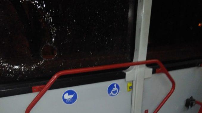 Na Vidikovcu kamenovana dva autobusa GSP 1