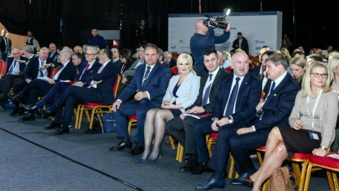 Kako Srbija ekonomski može da se približi zemljama centralne i istočne Evrope? 1