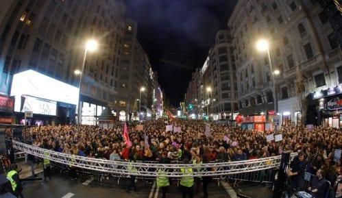Obeležen Dan žena u svetu, u Madridu i Barseloni više od pola miliona demonstranata (FOTO) 4