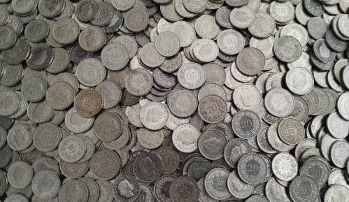 Koalicija za nadzor javnih finansija: Dužnicima u švajcarskim francima ni evro iz budžeta 9