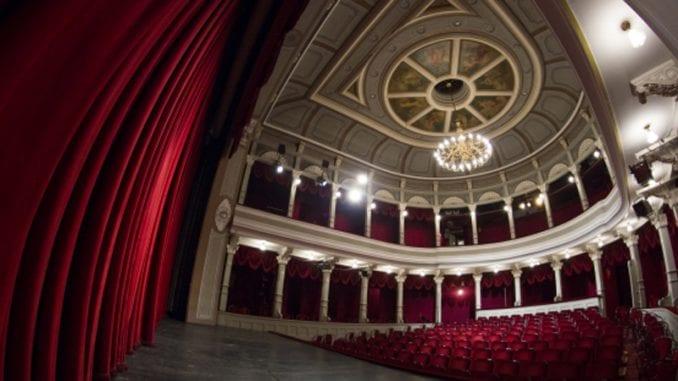 Glumački ansambl Narodnog pozorišta Sombor sutra u štrajku upozorenja 1