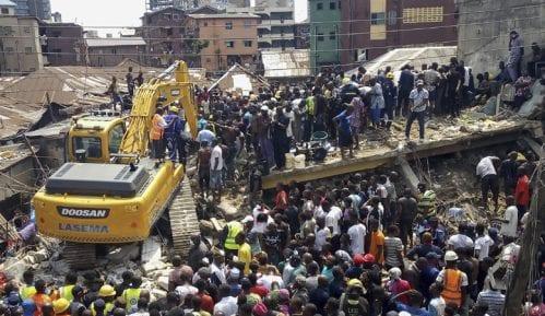 U rušenju škole u Nigeriji najmanje 10 žrtava 15