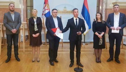 Aleksić: Vučić, Gojković i cela Vlada Srbije da podnesu ostavke 15