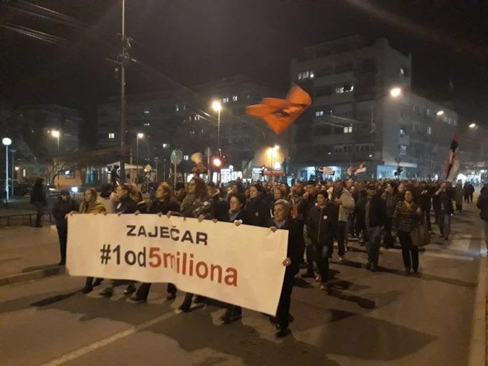 Protesti 1 od 5 miliona u više gradova (VIDEO, FOTO) 8