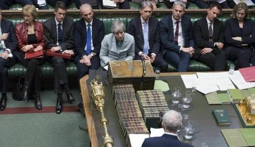Mej se povlači sa čela vlade ukoliko poslanici podrže njen sporazum o Bregzitu 11
