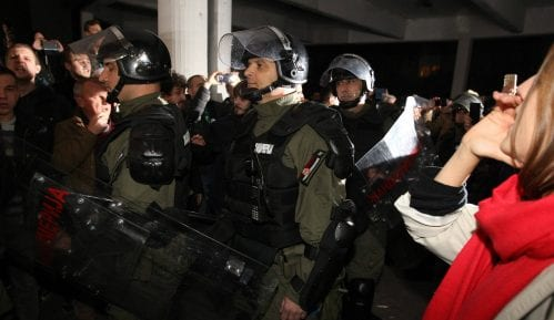 Prekršajni sud ukinuo presude od 30 dana zbog upada u RTS, braniće se sa slobode 8